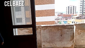 Sexo desse jeito no edificio abandonado