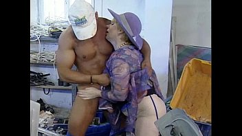 Mature mom need handsome technician man fucking at the factory