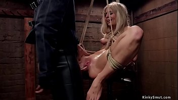 Blonde trainee is anal toyed threesome