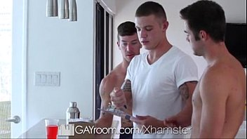 gayroom threesome with the delivery guy