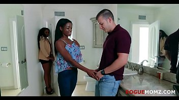 EBONY MOM And DAUGHTER Fuck Me- THRILLED
