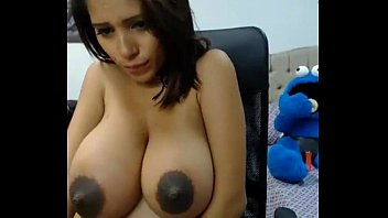 Rate ny breasts - Big boobs on webcam