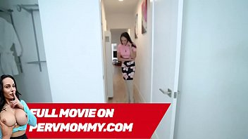 Hot Stepmom Sheena Ryder Blows And Fuckes Her SON