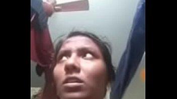 Desi slut fingering her pussy on webcam