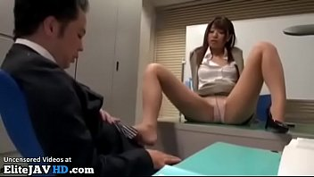 Pantyhose types - Japanese secretary in tights fucks new office guy