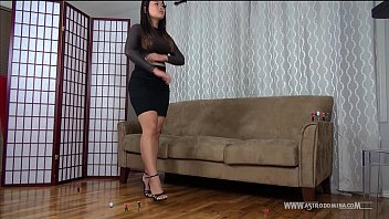Teen giantess crush fantasy stories - Unaware giantess therapist