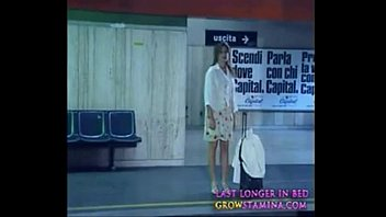001 ultimo metro - chick stripping at train station pt1