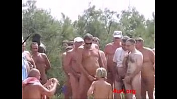 Au cruise naturel nude travel windjammer - Dogging with 20 strangers on beach