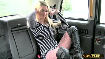 Blonde chick adores hardcore anal sex inside the taxi