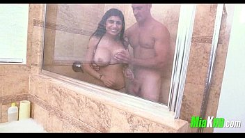 Mia Khalifa pounded in the shower teen exotic