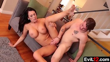 Frustrated stepmom MILF with big tits seduces young stepson pornhub video