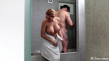 Proper Housewife Stacey Saran Blows Her Man in the Shower