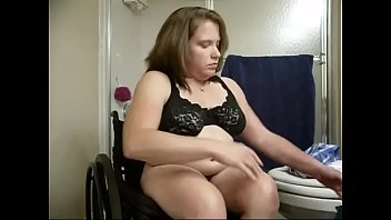 Amputee bbw Gimp christen taking shower