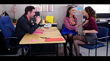 August Ames & Ashley Adams Threesome FULL VIDEO @ goo.gl/QBgm2e