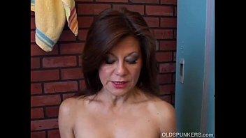 Older brunette pussy Gorgeous mature amateur has a juicy pussy