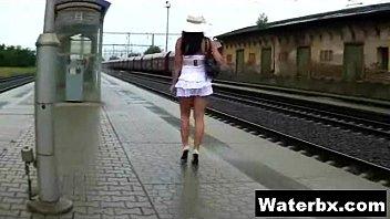 Gorgeous Pee Loving Sexy Gal XXX pornhub video