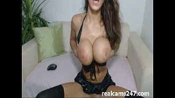 Webcam girl dancing and fingering pussy