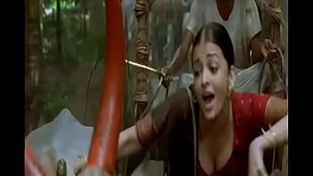 Aishwarya rai boobs Aishwarya rai boobs cleavage show in guru song
