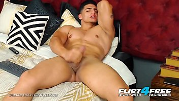 Slim noir porno gay