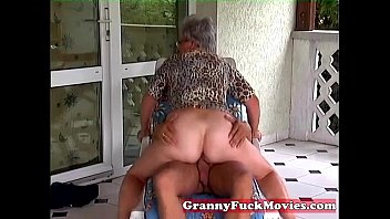 Outdoor fucking grandma pornhub video