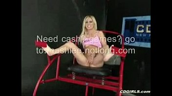 Hot Chick Squirts So Many Times! - HardSexTube