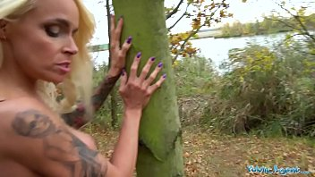 Public Agent Tattooed busty German blonde MILF fucked hard against a tree Vorschaubild