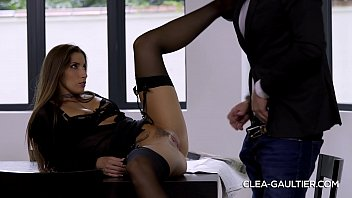 Clea Gaultier wants more Thumb