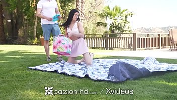 PASSION-HD Creamy Outdoor Creampie For Horny Sadie