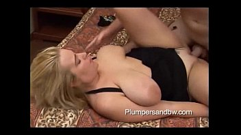Plumped pussy Bbw blonde gets her pussy pounded hard