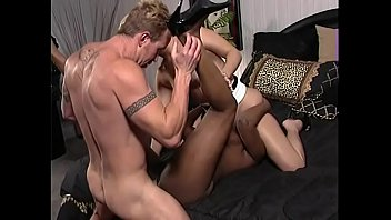 Porn star dominique Juggy ebony fuckmeat banging in interracial threesome orgy
