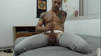 Solohaze gives a quick preview of a webcam show jerking his big hard cock thumbnail