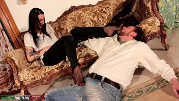 Trampling fetish video The realtor ep2 - only foot domination part