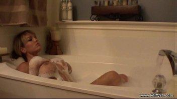 Bathtime For MILF Mia