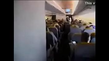 XXX en el avion Con la azafata