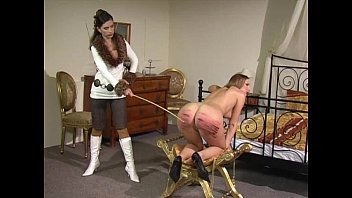 Spank review Casting yvette by moods
