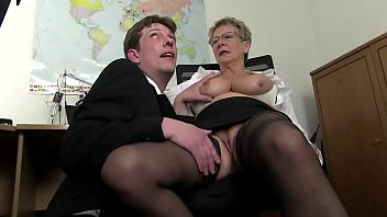 Free sex videos of mature - Free version - mom wants cock and immediately takes the cock of her son and cousin to draft