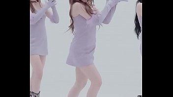 公众号【福利报社】韩国女团南希特写版紧身裙热舞MV