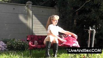 Dirndl Girl Strip Vorschaubild