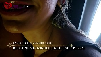 Cristina Almeida no Gloryhole 5 filme 2, o corno do marido filma enquanto &eacute_ humilhado por ela, o f&atilde_ F&aacute_bio entra na cabine, mete na bucetinha e no cuzinho, e depois faz ela engolir todo o leitinho.