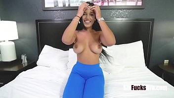 Fucking SISTER's cunt after JAIL- Alina Belle