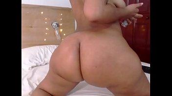 thick latina huge ass صورة