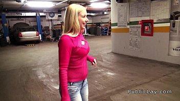 Dude fucks blonde babe in repair shop pov porno izle