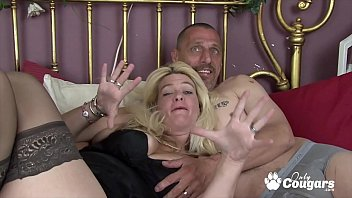 Horny Mature Housewife Makes A Sex Tape