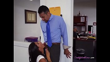 Teen Victoria Valencia Blows Her Dads Hung Employee