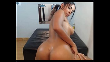 Chat with Caterine Zapata in a Live Adult Video Chat Room Now