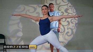 Big Butts Like It Big - (Mandy Muse, Xander Corvus) - Yoga Freaks  Episode Ten - Brazzers