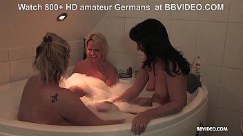 Amateur German matures in Lesbian bathtub orgy