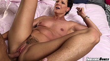 Beth ostrovsky naked Fuck and creampie milf beth mckenna