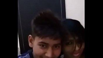Indian Girlfriend and Boyfriend Kissing video