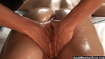 Adult massage la - Adultmemberzone - sexy bitch gets screwed at the massage table
